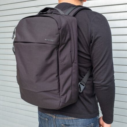 incase CITY Compact with Cordura